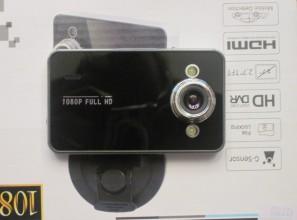 Видеорегистратор K600 - вид спереди